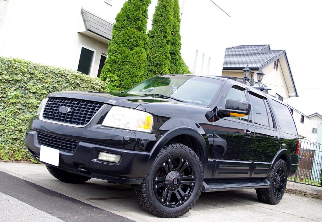 フォード エクスべディション x KMC XD778 モンスター 20インチ