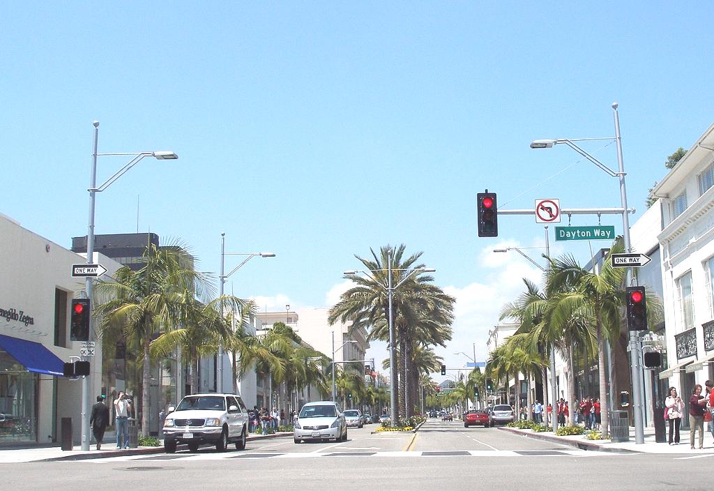アメ車の似合うアメリカの風景「ロデオドライブ」